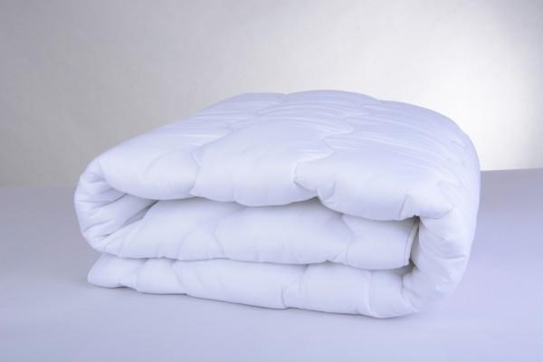 Sommer-Bettdecke aus 100% Polyester